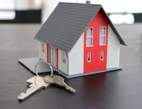 Dos de cada tres persones que demanen un crèdit creuen que és obligatori contractar l'assegurança amb la banca